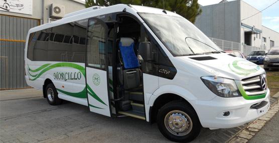 Carbus entregó dos modelos del minibus Corvi a las empresas Goco Tour y Autocares Morcillo