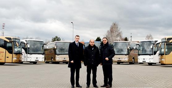 Mercedes-Benz entrega 20 autocares modelo Tourismo al operador polaco de viajes de lujo RafTrans