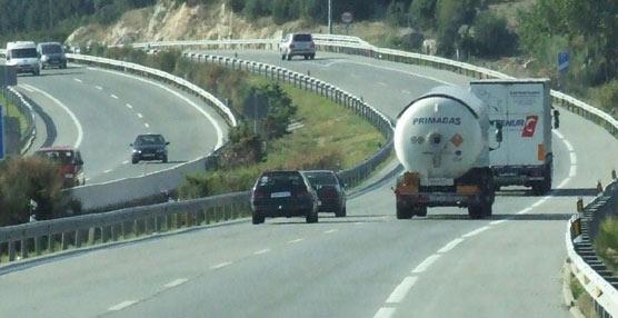 Fomento aumenta la seguridad e información con la nueva norma de señalización vertical de las carreteras estatales