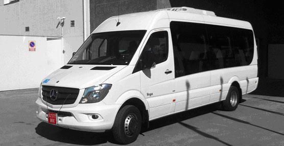 Autocares Bustelo amplía su flota con una nueva Vega PMR de UNVI carrozada sobre bastidor Mercedes Benz
