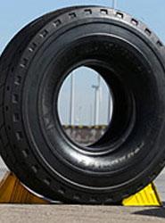 Michelin lanza el nuevo neumático para actividades portuarias que ofrece más seguridad y productividad