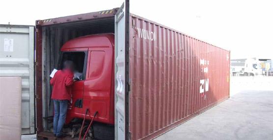 Desarticulado un grupo que robaba camiones y los enviaba por piezas a Sudamérica en contenedores