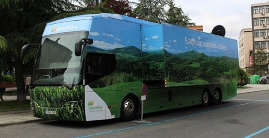 El autobús de Iberdrola llega a Ávila para concienciar sobre el uso responsable de la energía