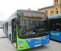 Dbus presenta los cuatro nuevos autobuses articulados de 18 metros que se incorporan a la flota de transporte urbano