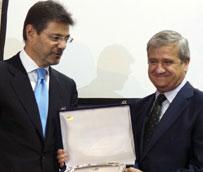 Correos recibe el X Premio SIL a la Mejor Empresa Logística Nacional por su amplia cobertura territorial y su servicio
