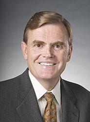 La junta directiva de UPS designa a David Abney como CEO y Scott Davis seguirá siendo presidente de la junta