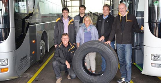 La gestión eficiente del combustible y de los neumáticos con ContiPressureCheck™ se traduce en un ahorro seguro