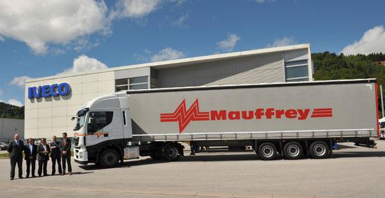 Iveco cierra en Francia un pedido récord de 600 camiones Stralis Euro 6 que se entregarán a lo largo de este año