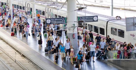 Fomento quiere desviar viajeros del coche al ferrocarril en el corredor de Levante.