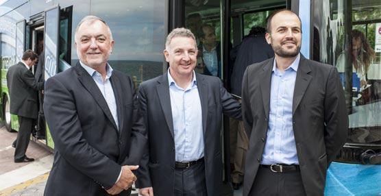 El Grupo Irizar presenta en el Aquarium de San Sebastián su primer autobús urbano 100% eléctrico, el i2e