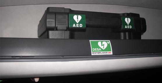 Alsa pone en marcha la instalación de desfibriladores en sus buses para ofrecer cardioprotección a los viajeros