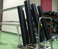 PHH invierte nuevamente en un almacén automático Hänel Lean-Lift en la sala de producción de la empresa