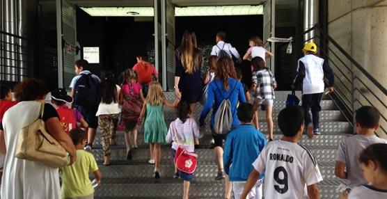DHL Freight España visita el Bernabeu con los niños del Centro de Día de Madrid de Aldeas Infantiles SOS