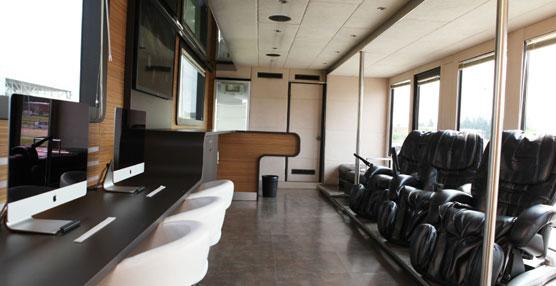 Interior clínica móvil Stralis 'Iveco Check Stop'.