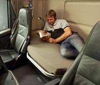 La CE abre un procedimiento contra Francia por la nueva infracción penal que prohíbe el descanso en los camiones