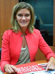 Esther Pérez Limón, responsable de Relaciones con la Prensa y Ediciones de Renault Trucks.