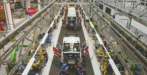 La planta de Iveco en Valladolid se consolida como la primera de las 62 fábricas de CNH Industrial en el mundo