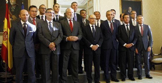 La Junta Directiva de ANFAC se ha reunido con el Ministro de Hacienda, Cristóbal Montoro.