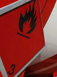 Navarra aprueba la convocatoria de pruebas del consejero de seguridad para el transporte de mercancías peligrosas