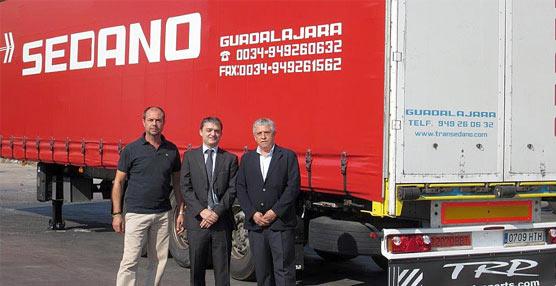 PaccarParts, Truckland y Transportes Sedano se unen para vestir un demo-semirremolque