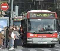 El Ayuntamiento de Valencia premia a los 'valencianos más sostenibles' que han batido 'records' en el uso del transporte público
