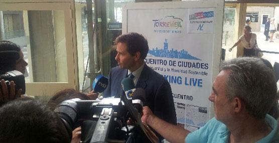 Luis Aguilera inaugura el III Encuentro de Ciudades para la Seguridad Vial y la Movilidad Sostenible en Torrevieja