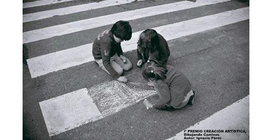 El intercambiador de Avenida de América acoge las fotografías de la exposición itinerante de 'Stop Accidentes'