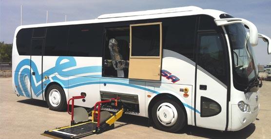 King Long entrega un XMQ6900Y adaptado para personas con movilidad reducida a la empresa Cersa