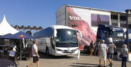 Sunsundegui atrae todas las miradas en tierra durante la Volvo Ocean Race con su carrocería SC7