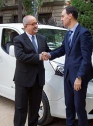 Nissan cede una e-NV200 al conseller de Empresa y Ocupación de la Generalitat de Cataluña