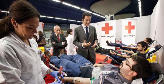 Metro se convierte un año más en centro de donación de sangre y aspira a superar los 4.000 donantes