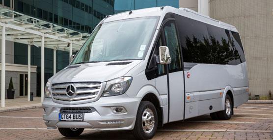 Car-bus.net se introduce en Inglaterra exportando dos unidades Spica a través de su distribuidor EVM