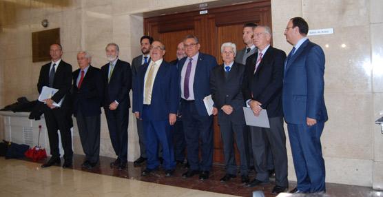 Los representantes del CNTC durante la rueda de prensa.