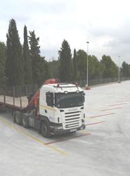 Cisternas Navarro abre un nuevo aparcamiento para 200 vehículos industriales en Barcelona