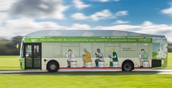 Wessex Water estrena en Reino Unido el primer autobús propulsado con desechos humanos y restos de comida