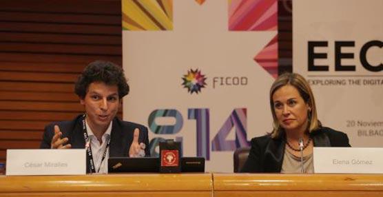 El director general de Red.es, César Miralles, y la presidenta de Adigital, Elena Gómez del Pozuelo, durante la presentación del Informe.