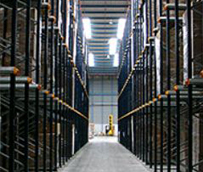 Aza Logistics se convierte en proveedor de Faurecia e integra su sistema en la línea de producción 'Just in Time'