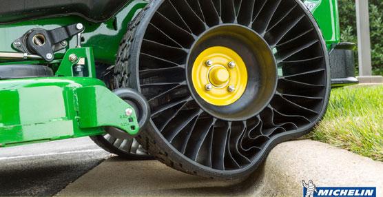 Michelin inaugura la primera factoría del mundo que fabricará un revolucionario neumático sin aire