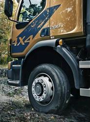 Volvo FL con tracción a las cuatro ruedas.