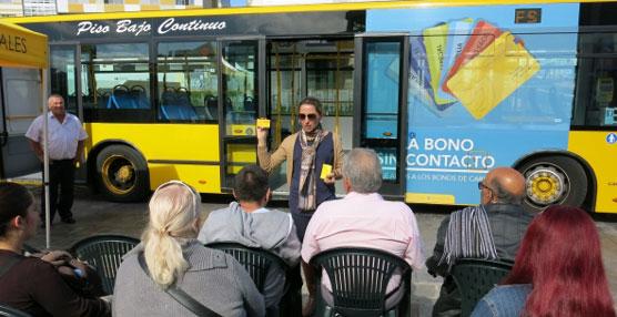Guaguas Municipales y el Ayuntamiento de Las Palmas acercan a los mayores la tecnología sin contacto