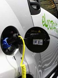La recarga es una de las asignaturas pendientes de la movilidad eléctrica.