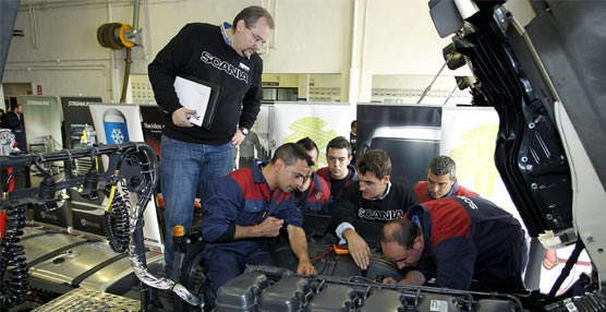 Scania Ibérica organiza la sexta edición de la competición Top Team para elegir a sus mejores mecánicos