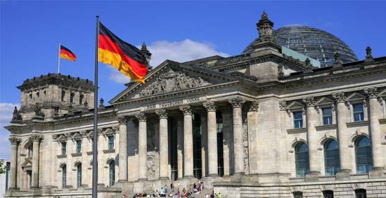 """Las asociaciones de transportistas piden a Fomento que """"les defienda"""" del nuevo salario mínimo alemán"""