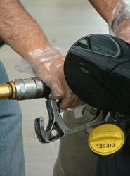 La demanda de combustibles de automoción se estabiliza en 2014