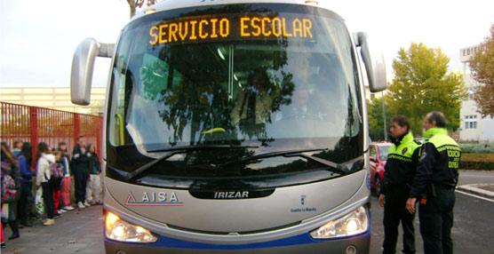 El Gobierno extremeño reserva 1,2 millones de euros en ayudas al transporte escolar