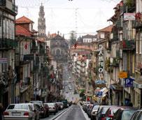 Transports Ciutat Comtal asume la operación y el mantenimiento del transporte público de Oporto