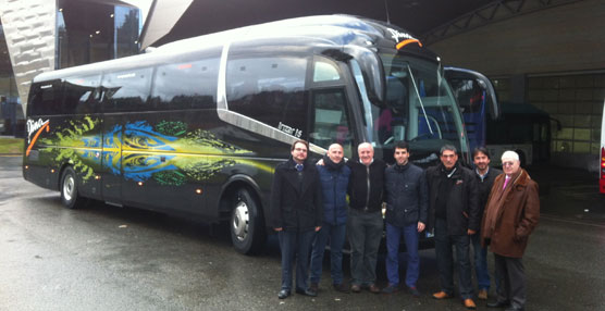 Cocentro, S.A. entrega un IVECO Eurorider C-45 a la empresa zaragozana Pina Bus