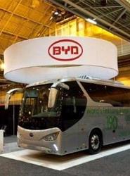 El fabricante BYD presenta su primer autocar eléctrico puro para larga distancia en el mercado norteamericano