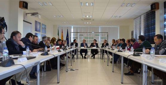 Extremadura triplica el presupuesto de transportes y aprueba mejoras para el sector del autobús y los taxis