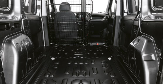 El nuevo Doblò Cargo, la cuarta generación de la furgoneta Fiat Professional, llega a las calles